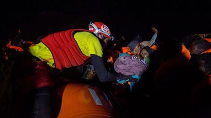 """""""Zo is Kerstmis op zee"""": Spanje vangt migranten op die Italië en Malta weigerden"""