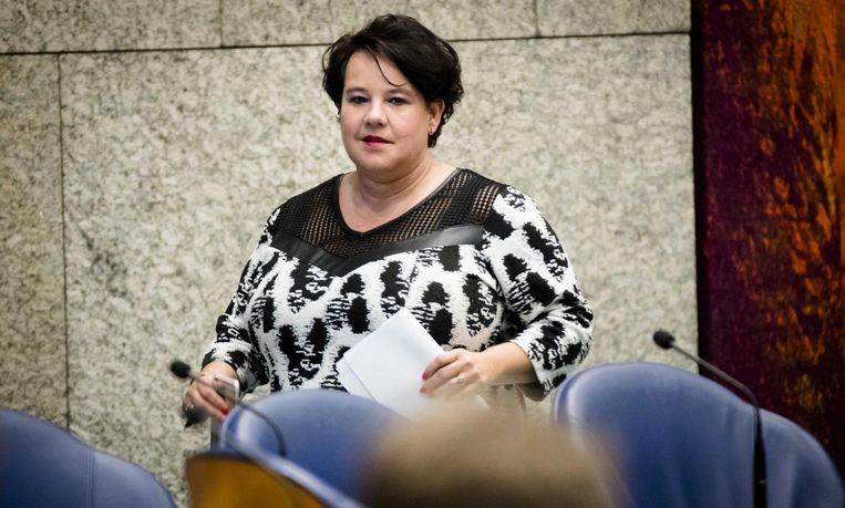 Staatssecretaris Sharon Dijksma schrijf in 2015 in een brief aan de Tweede Kamer: 'ernstige overtredingen met soms ernstig verminderd dierenwelzijn tot gevolg' Beeld anp
