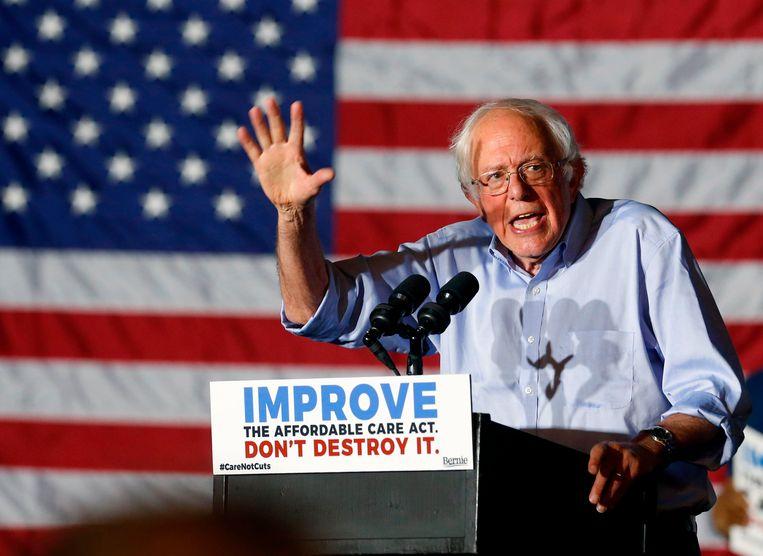De Amerikaanse senator Bernie Sanders nam het tijdens de Amerikaanse vooorverkiezingen in 2016 op tegen Democrate Hillary Clinton.