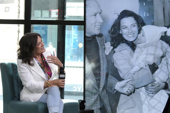 Margaret Trudeau vertelt op de Amerikaanse tv over haar leven en haar theatershow.