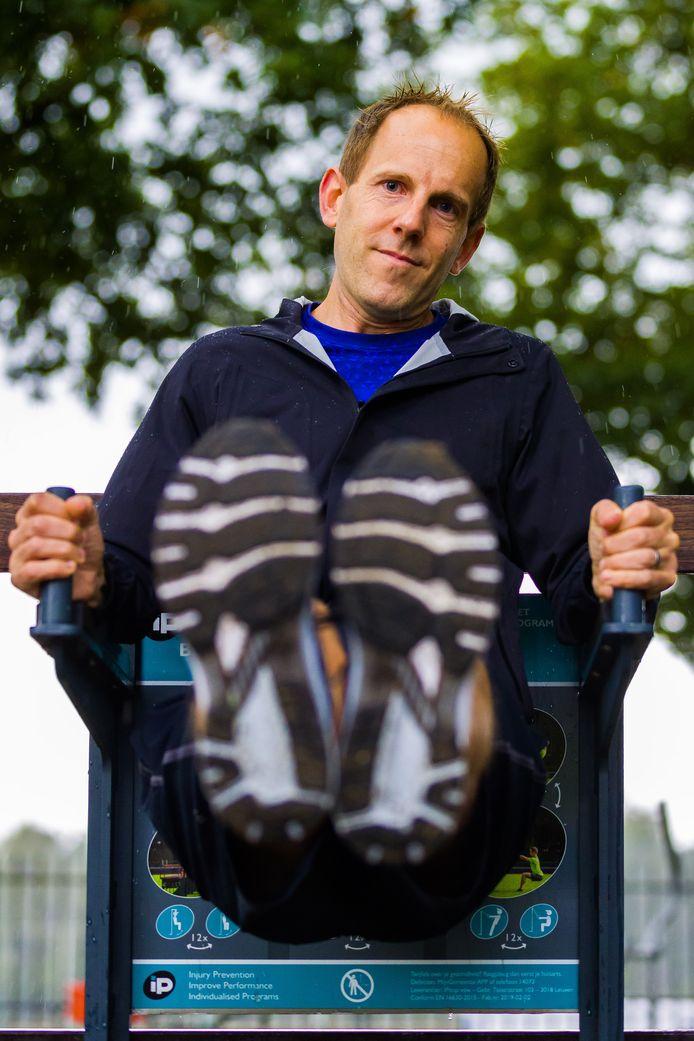 Joris Knoben uit Vught is vrijdag 2 oktober toe aan zijn 200ste sportieve activiteit sinds de intelligente lockdown in maart.