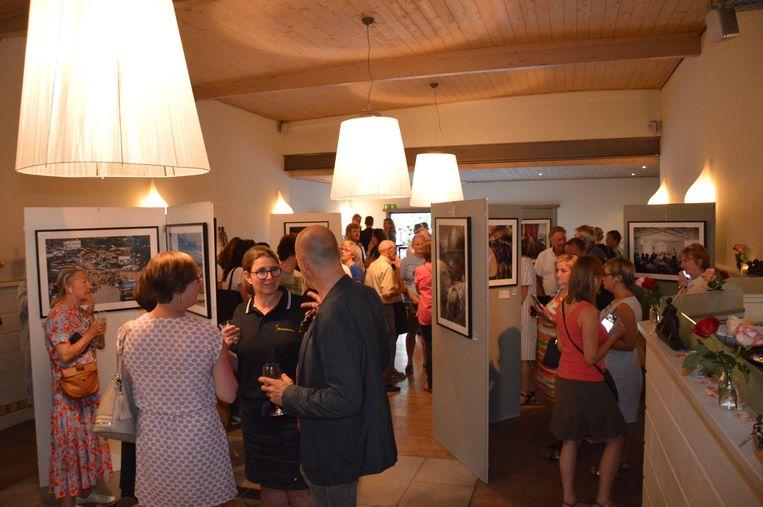 De fototentoonstelling van Renaissance in zaal Basiel in Haaltert.