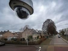 Politie verzamelt camerabeelden rond aanslag op woning in Tiel