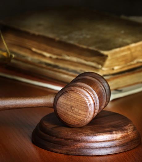 Man (23) alsnog de cel in na zwaar mishandelen van vriendin