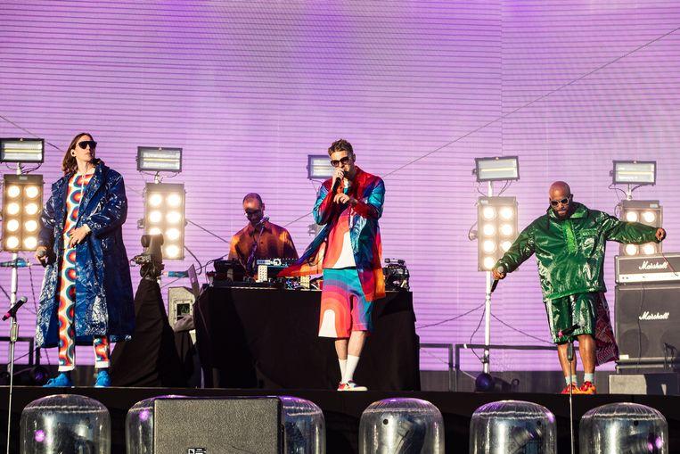 Tijdens het The Raindance Project in het Vondelpark Openluchttheater treedt onder andere De Jeugd van Tegenwoordig op. Beeld ANP Kippa
