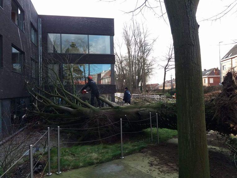 Schade aan het revalidatiecentrum van het UZ in Gent.