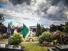 Gentbrugse scouts herdenken stichter op kerkhof