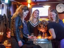 Pubquiz over verkeersveiligheid in Zevenbergen: cheque voor winnende club