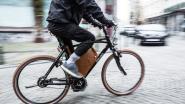 Vijftiger afgevoerd naar ziekenhuis na ongeval met elektrische fiets