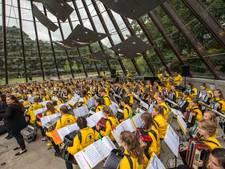 Duitse accordeonisten in de Heimat van de 'Monnika' bij Carat concerten Helmond