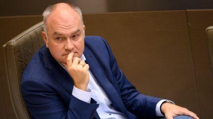 """Om federale injectie in zorgsector te evenaren heeft Vlaanderen """"1,8 miljard euro"""" nodig"""