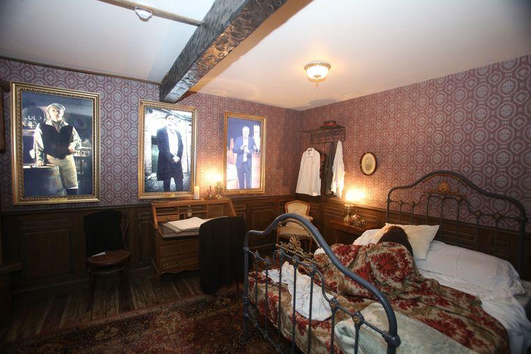 Een rondleiding begint in de slaapkamer van de allereerste brouwer.