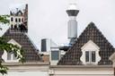 De enorme luchtafvoer installatie van Brass Boer thuis in Zwolle.