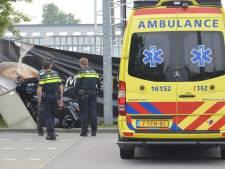 Motor knalt op stroomkastje in Moordrecht, één gewonde afgevoerd