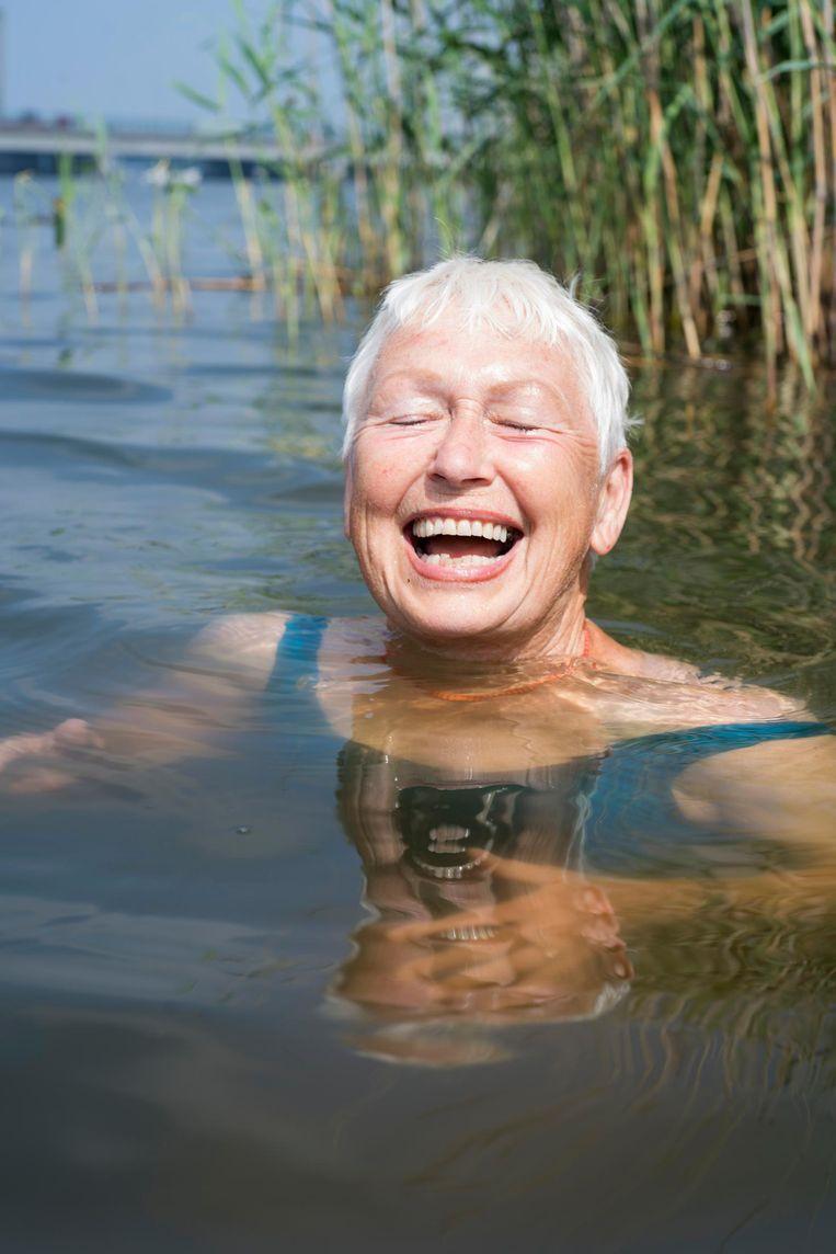 Wat zwemmen in koud natuurwater precies met je lijf doet, is de vraag. Beeld Elmer van der Marel