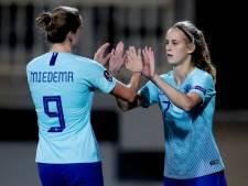 PSV-spits Katja Snoeijs debuteert voor Oranje