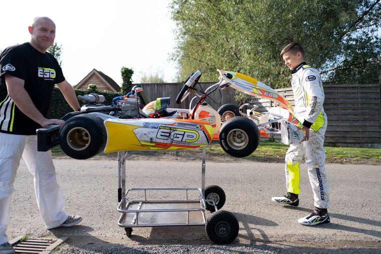 Yani Stevenheydens is gepassioneerd door karting, zijn papa Gunther zorgt voor de nodige ondersteuning.