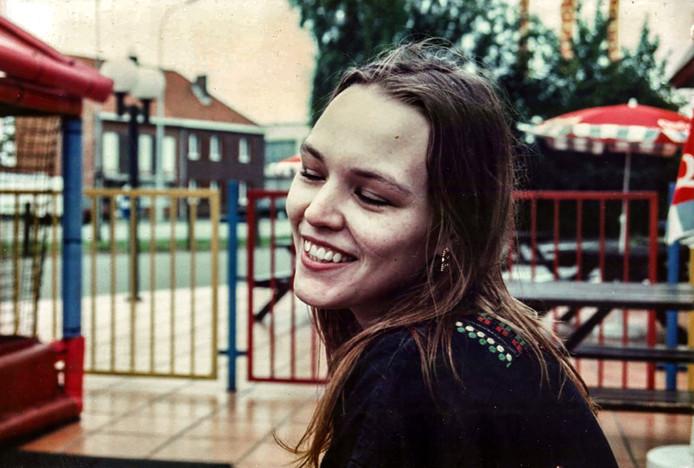 portret van de in 1996 vermoorde Sally van Hecke