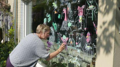 'Quarantekeningen' fleuren straatbeeld op