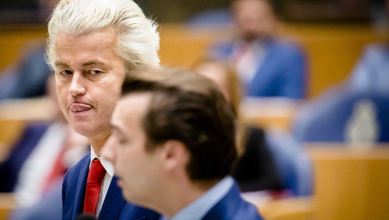 Geert Wilders en Thierry Baudet tijdens een Kamerdebat. Beeld null