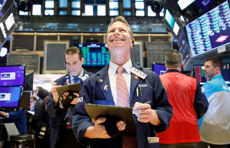 Beurshandelaren op de vloer van de New York Stock Exchange. Beeld EPA