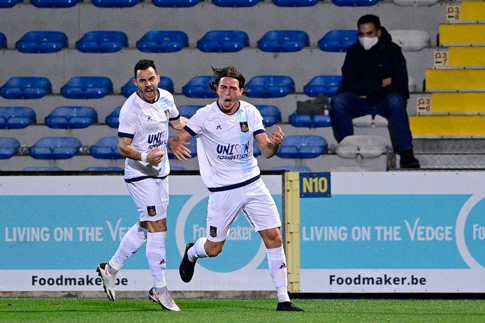 """Casper Nielsen (r.): """"We incasseerden op Genk een gelijkaardig doelpunt als in onze laatste wedstrijd tegen Westerlo."""""""