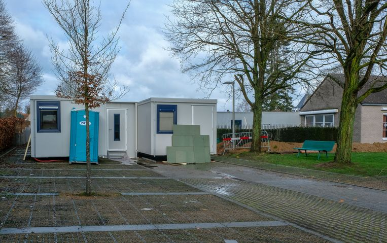 In deze slaapcontainers zullen acht bewoners van het woonzorgcentrum de komende maanden verblijven.