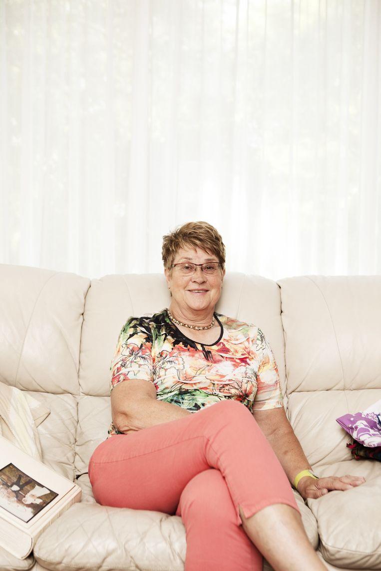 Gré Knetemann in haar huis in Krommenie. Beeld Marie Wanders