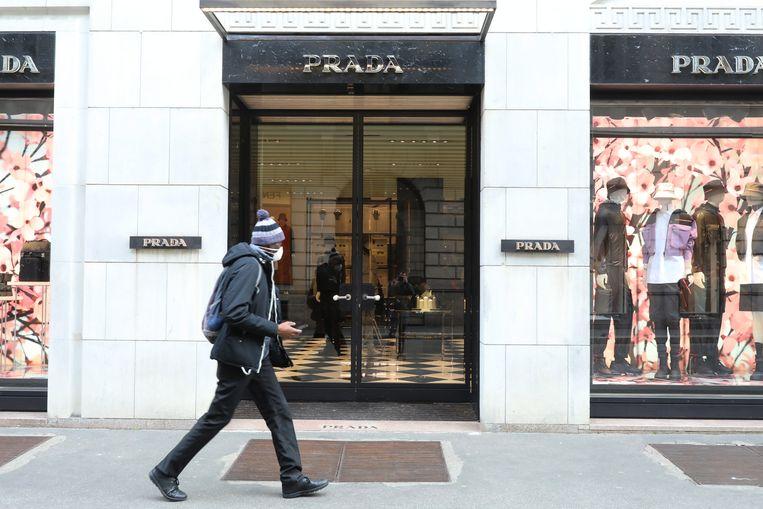 Het onafhankelijke Prada zou binnenkort worden opgeslokt door een groter bedrijf. Beeld Getty