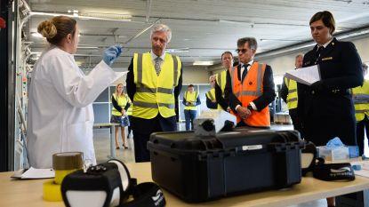 Koning Filip bezoekt haven van Antwerpen