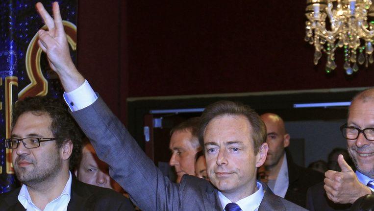 Bart de Wever viert zijn overwinning Beeld reuters