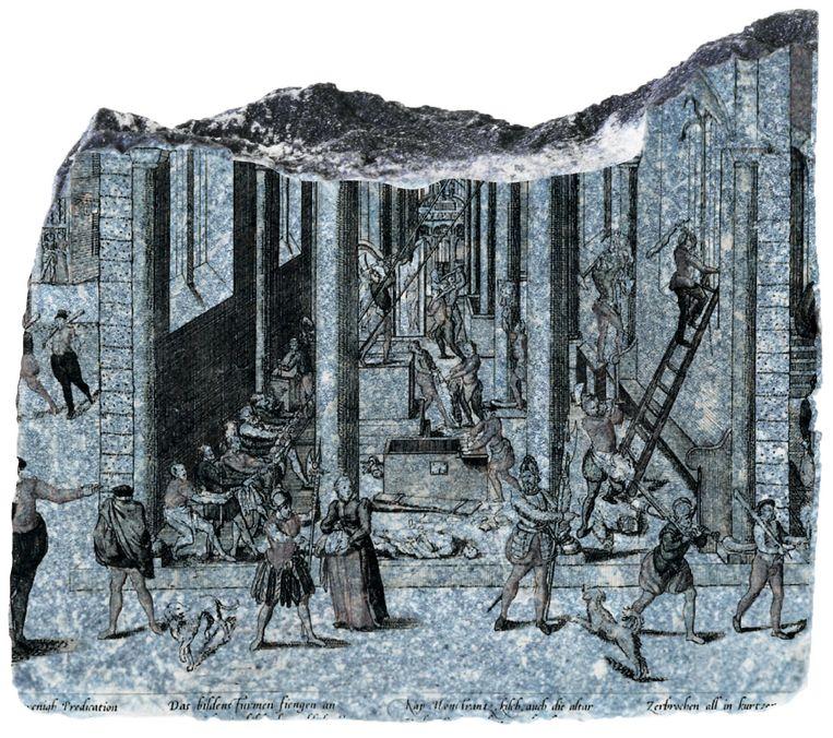 De zestiende-eeuwse Beeldenstorm was in de Lage Landen een opmaat naar de Tachtigjarige Oorlog en naar langdurige achterstelling van katholieken. Deze gravure verbeeldt de plundering van een Antwerpse kerk. Beeld