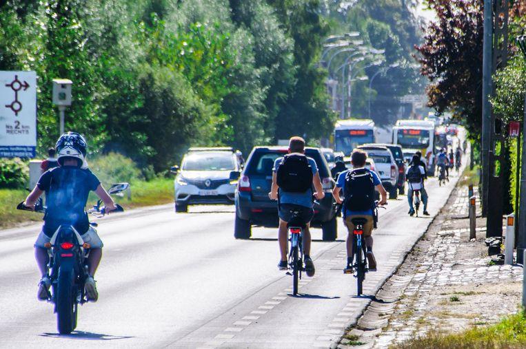 De Stationsstraat in Haacht krijgt ten vroegste in 2019 veilige, afgescheiden fietspaden.