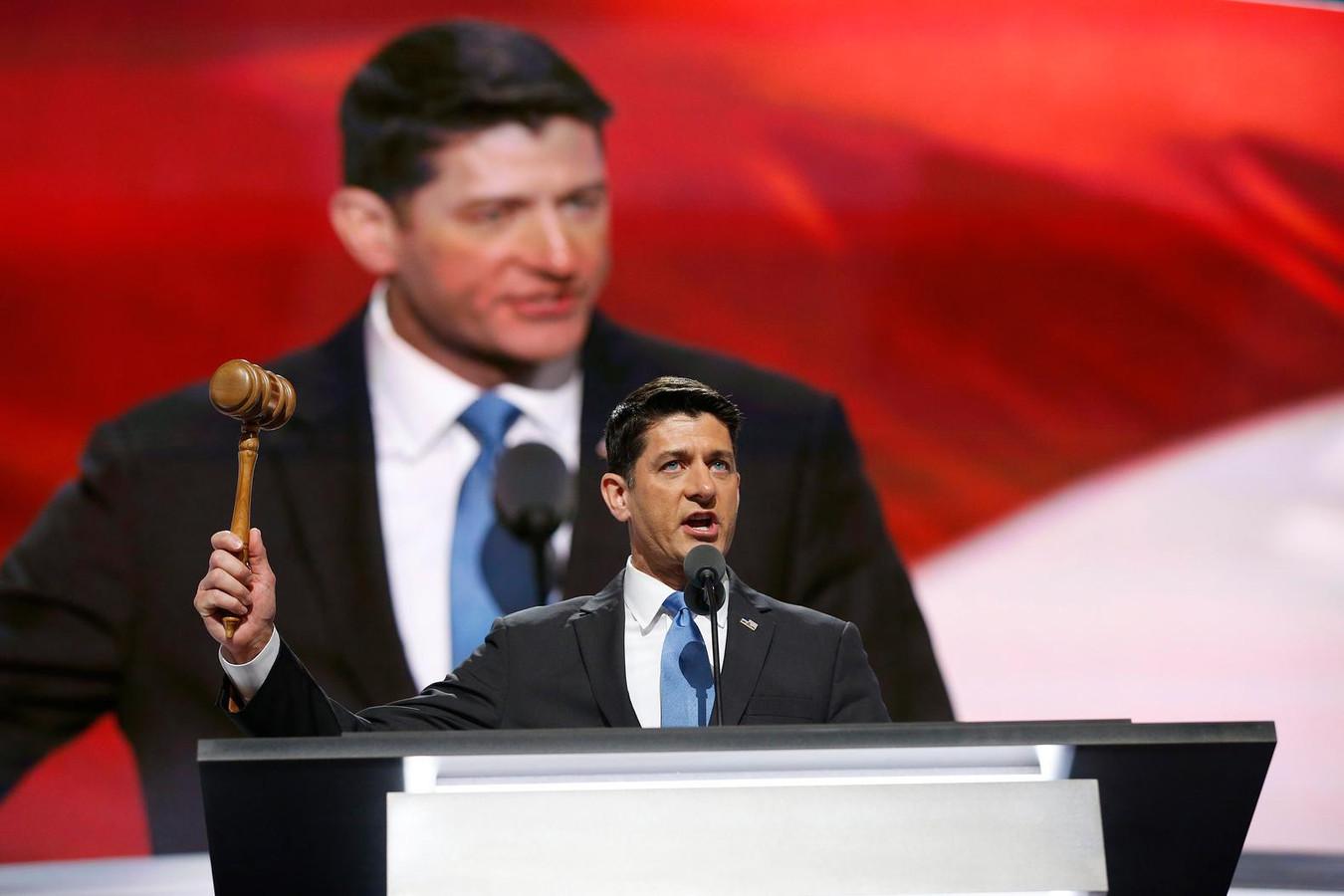 Donald Trump steunt Paul Ryan toch | Foto | AD.nl