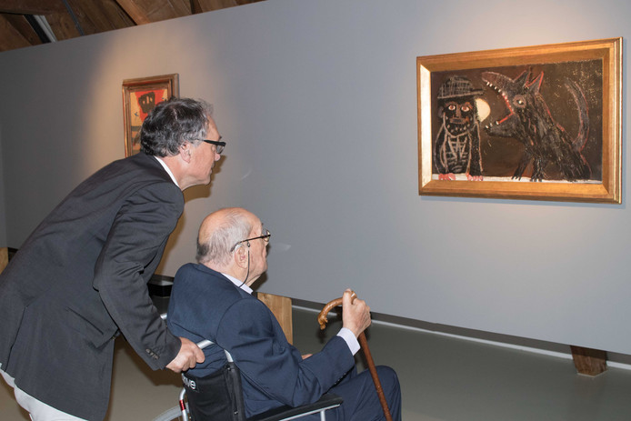 Hans Sonnenberg en zijn adviseur Peter van Beveren (l) dit jaar in het Stedelijk Museum.