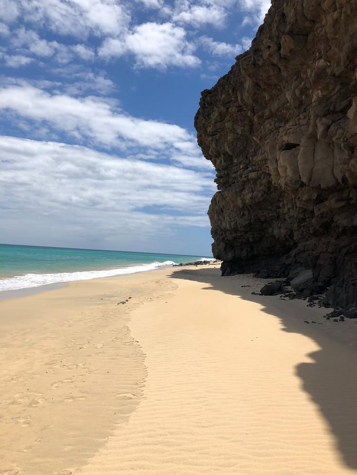 Point positif pour le couple coincé à Fuerteventura: le soleil et la vue sur des plages désertes