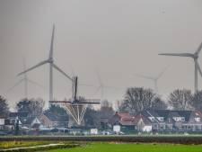 Voorne-Putten vol windmolens is schrikbeeld: 'We mogen niet het afvalputje worden'