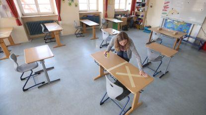"""Gemeenschapsonderwijs raadt scholen aan geen examens te houden en """"uitgestelde attesten"""" uit te delen"""