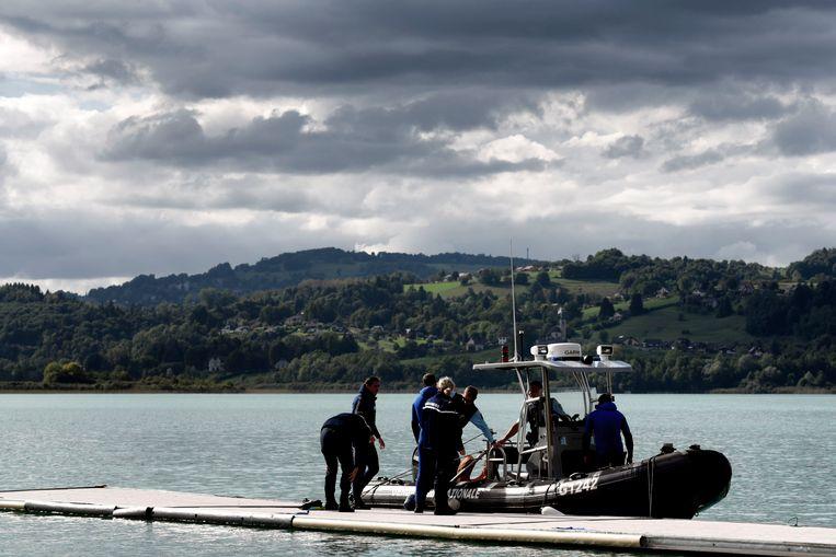 Eergisteren braken duikers hun speurtocht af in een nabijgelegen meer.