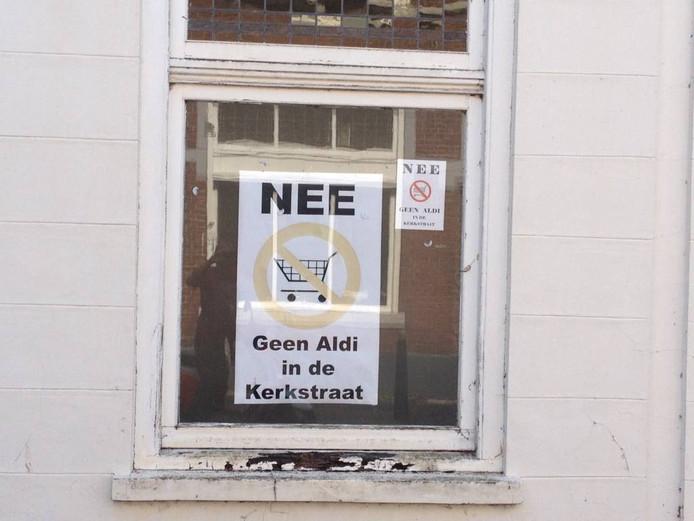 Protest tegen de Aldi in de Kerkstraat. Foto: BD