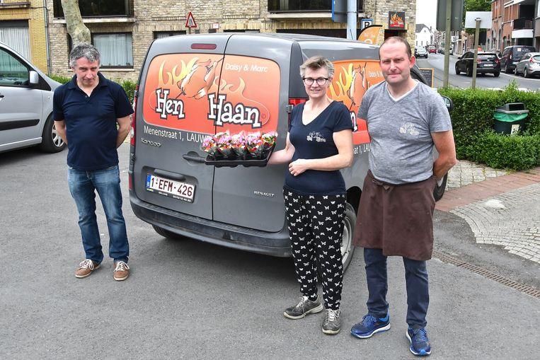 Bloemist Franky Claerebout werkt voor moederdag samen met Hen & Haan in Lauwe