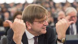 """Verhofstadt: """"Deur staat open voor Britten, maar dan zonder begrotingskorting"""""""
