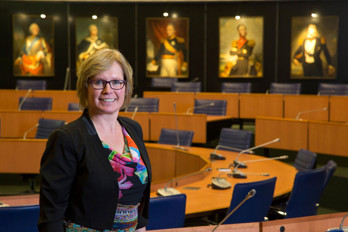 Brigite van Haaften is vanaf 1 augustus de nieuwe bestuurder van de Stichting Dag- en Woonvoorzieningen (SDW) in Roosendaal.