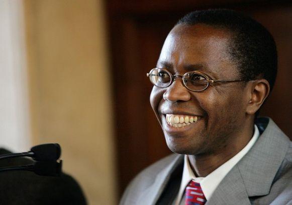 De inmiddels overleden politieke leider van de FDLR, Ignace Murwanashyaka, op een conferentie in 2005. In 2009 werd Murwanashyaka opgepakt op verdenking van misdaden tegen de mensheid en oorlogsmisdaden begaan in 2008 en 2009 in de Democratische Republiek Congo.