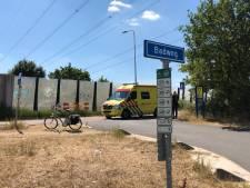 Vrouw naar ziekenhuis na val uit scootmobiel in Almelo
