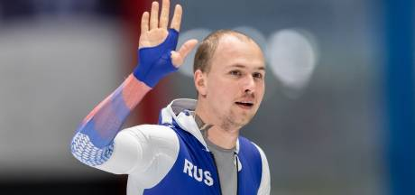 Koelizjnikov snelt naar wereldbekerwinst op 500 meter, brons voor Ntab