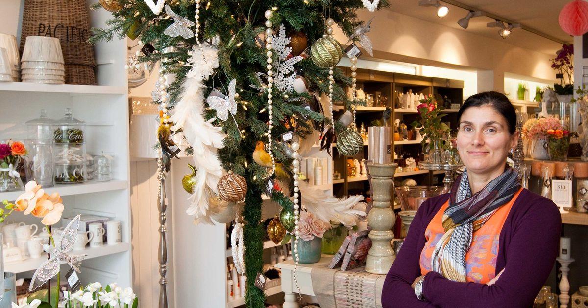 Decoratiezaak Pakt Uit Met Omgekeerde Kerstboom Middelkerke In