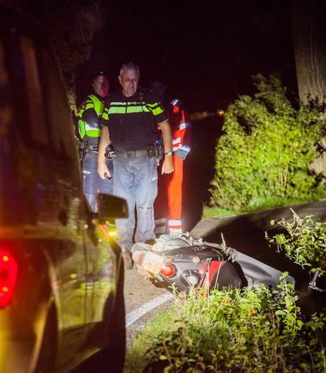 Zwaargewonde scooterrijder gevonden in Woerden