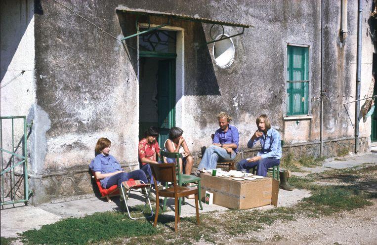 De eerste opgravers (1977) Beeld Privécollectie Marijke Gnade