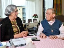 Wil (73) gaat elke dag langs bij 102-jarige Frederik: 'Ze is als een moeder voor me'